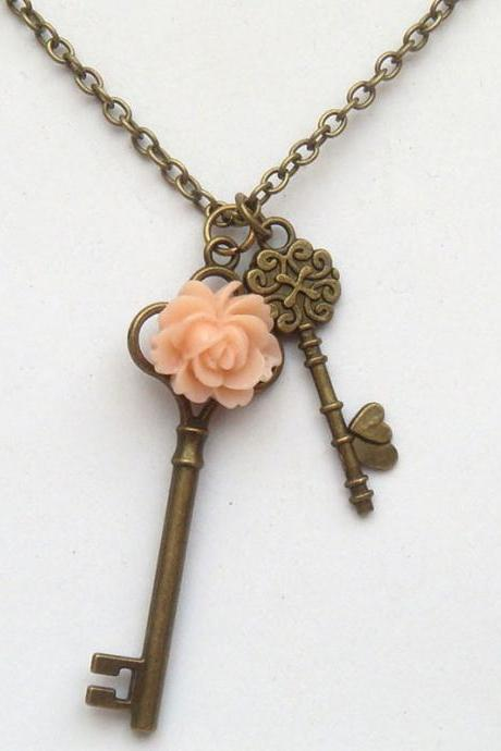 Antiqued Brass Key Flower Necklace