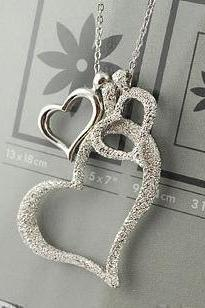 KOREA FASHION JEWELRY THREE HEARTS SILVER NECKLACE