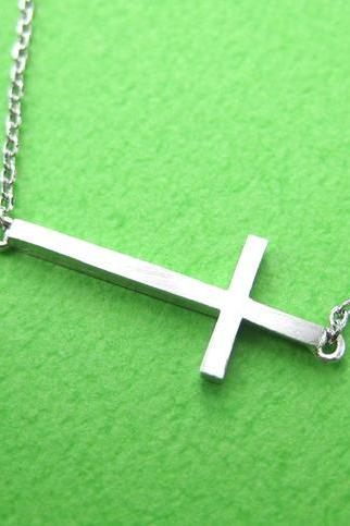 Simple Cross Shaped Bar Bracelet in Sterling Silver