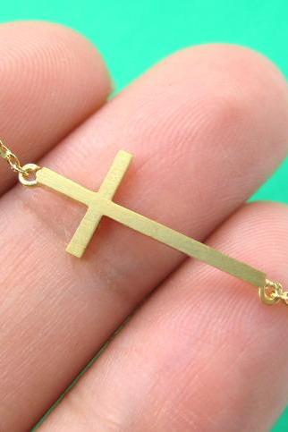 Simple Cross Shaped Bar Bracelet in Gold