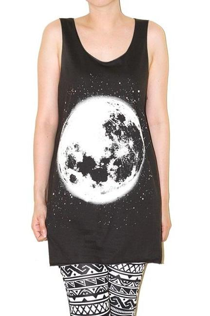 The Moon Full Moon Lunar Charcoal Black Tank Top Singlet Sleeveless Women Universe Art Punk Rock T-Shirt Size M