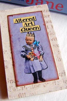 Vintage Girl With Art Supplies And A Crown - Altered Art Queen - Paper and Chipboard Collage Decoupage Pin Brooch Badge - Retro