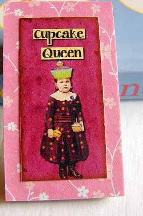 Vintage Girl with a Cupcake Crown - Cupcake Queen - Paper and Chipboard Collage Decoupage Pin Brooch Badge - Retro